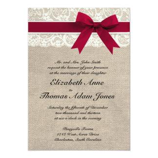 Invitación roja del boda de la arpillera de la