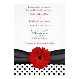 Invitación roja del boda de la margarita del lunar