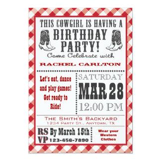 Invitación roja del cumpleaños de la vaquera