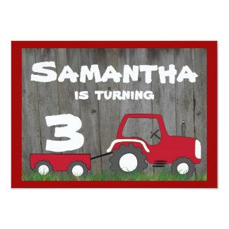 Invitación roja del cumpleaños del tractor: Edad Invitación 12,7 X 17,8 Cm