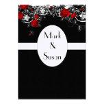 Invitación roja negra del boda del rosa blanco