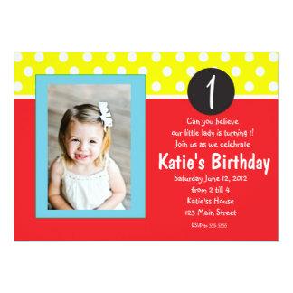 Invitación roja y azul del cumpleaños de los niños
