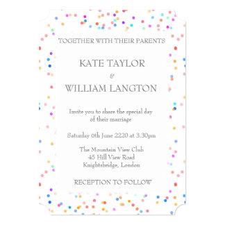 Invitación romántica del boda del confeti del arco