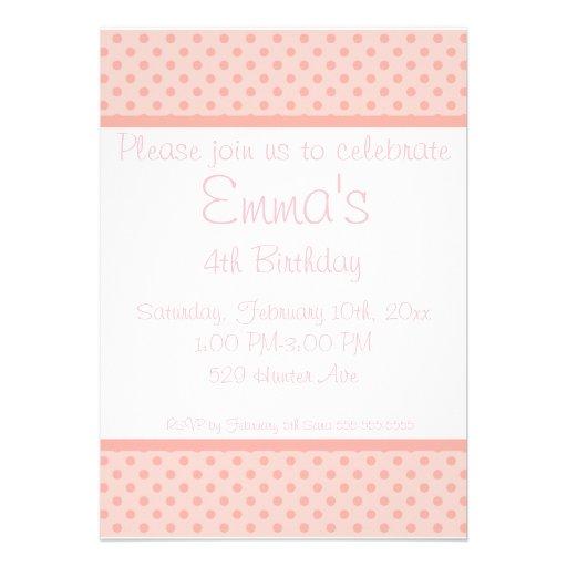 Invitación rosada blanca de la fiesta de cumpleaño