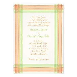 Invitación rosada coralina del boda de la tela esc