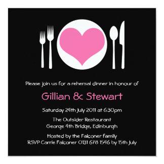 Invitación rosada de la cena del ensayo de la