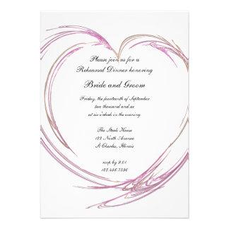 Invitación rosada de la cena del ensayo del boda d