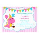 Invitación rosada de la fiesta de cumpleaños de lo