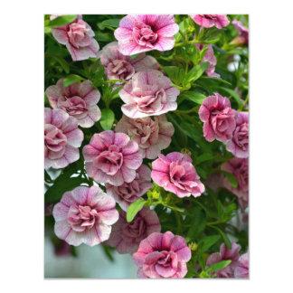Invitación rosada de la impresión floral de las