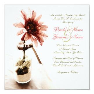 Invitación rosada del boda de la margarita