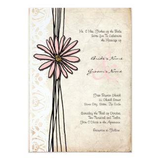 Invitación rosada del boda de la margarita del