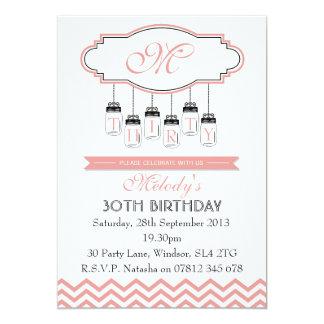 Invitación rosada del cumpleaños de Chevron del