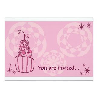 Invitación rosada del pastel de bodas