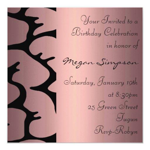 Invitación rosada floral del cumpleaños invitación 13,3 cm x 13,3cm