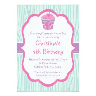 Invitación rosada linda de la fiesta de cumpleaños