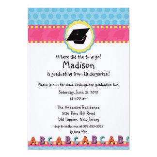 Invitación rosada LINDA de la graduación de la