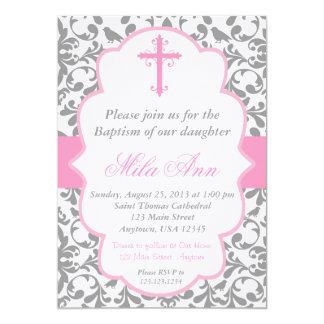 Invitación rosada y gris del bautismo del damasco