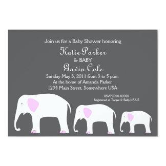 Invitación rosada y gris del elefante de la madre