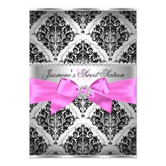Invitación rosada y negra bonita del dulce 16 del