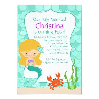 Invitación rubia linda del cumpleaños de la sirena invitación 12,7 x 17,8 cm