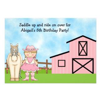 Invitación rubia linda del cumpleaños de la vaquer
