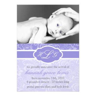 Invitación sofisticada del bebé púrpura del cirue