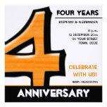 Invitación tonta del aniversario del naranja del n