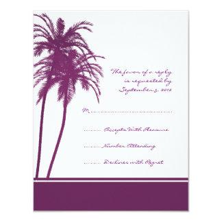 Invitación tropical púrpura y blanca RSVP de las