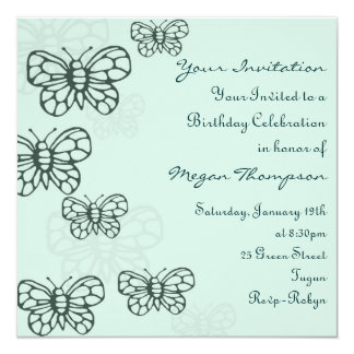 Invitación verde del cumpleaños de la mariposa