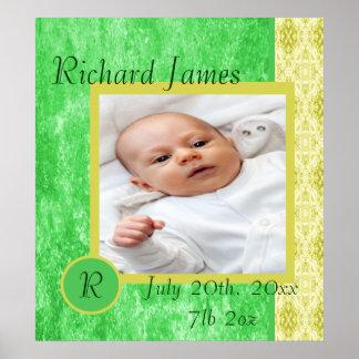 Invitación verde y amarilla del nacimiento del beb posters