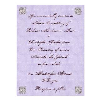 Invitación violeta elegante del boda del vintage
