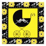 Invitaciones amarillas negras de la fiesta de bien invitación personalizada