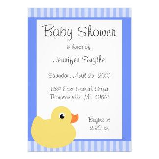 Invitaciones azules Ducky dulces de la fiesta de b