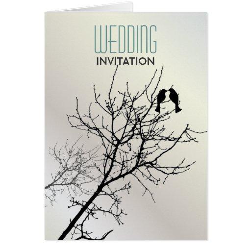 Invitaciones blancas del boda del amor del árbol tarjeta de felicitación