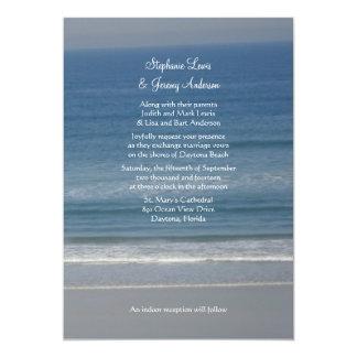 Invitaciones centradas amor del boda de playa del invitación 12,7 x 17,8 cm