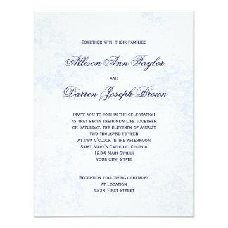 Invitaciones clásicas del boda en azul invitación 10,8 x 13,9 cm