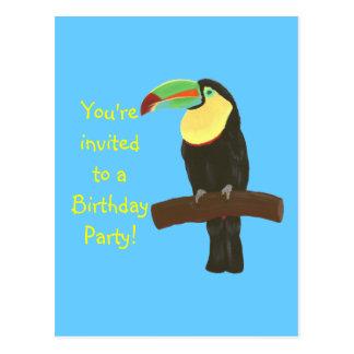 Invitaciones coloridas del cumpleaños de Toucan en Tarjeta Postal