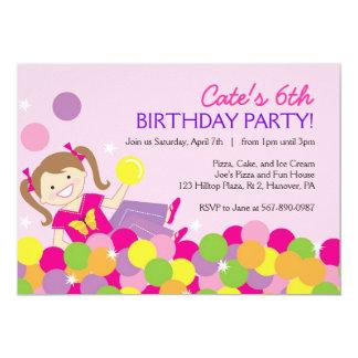 """Invitaciones de la fiesta de cumpleaños de la bola invitación 5"""" x 7"""""""