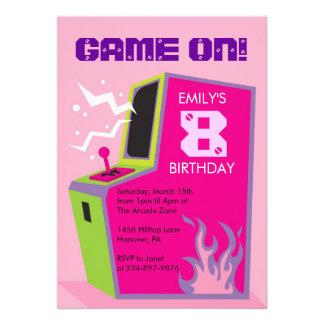 Invitaciones de la fiesta de cumpleaños del videoj comunicado