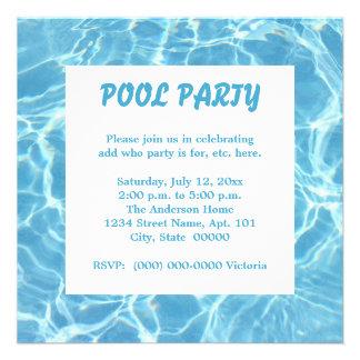Invitaciones de la fiesta en la piscina comunicado personalizado