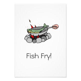 Invitaciones de la fritada de pescado comunicado