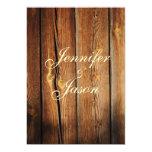 Invitaciones de madera del boda del granero comunicados personales