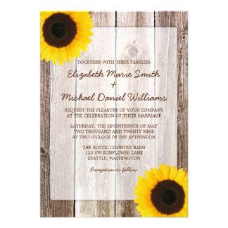 Invitaciones de madera del boda del granero rústic