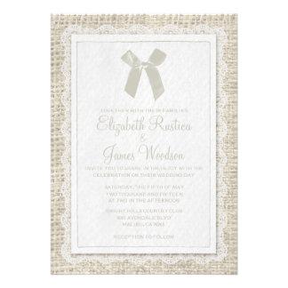 Invitaciones de marfil del boda de la arpillera de