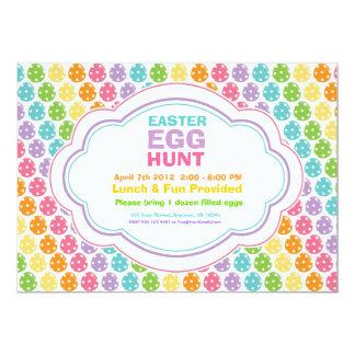 """Invitaciones del arco iris de la caza del huevo de invitación 5"""" x 7"""""""