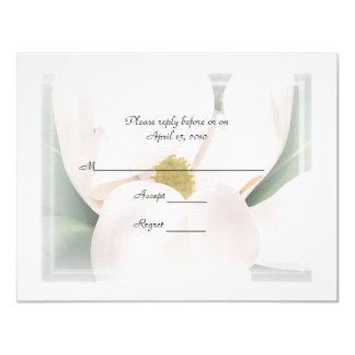 """Invitaciones del boda de la magnolia R.S.V.P Invitación 4.25"""" X 5.5"""""""