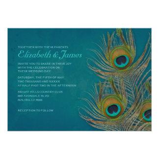 Invitaciones del boda de la pluma del pavo real invitaciones personalizada