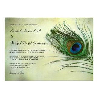 Invitaciones del boda de la pluma del pavo real de