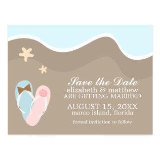 Invitaciones del boda de playa de los flips-flopes postal