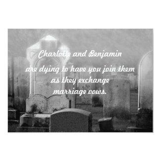 """Invitaciones del boda del cementerio de Halloween Invitación 5"""" X 7"""""""